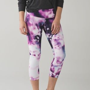 Lululemon | Wunder Under Crop III, Blooming Pixie